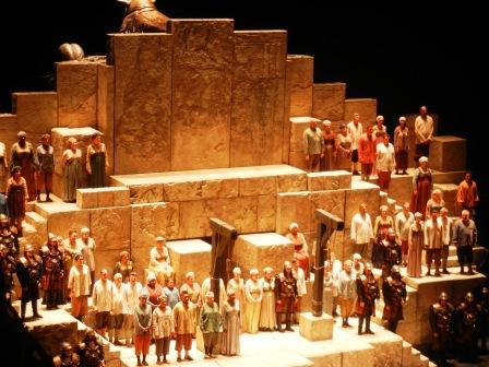 Met Opera Chorus at Nabucco