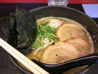 特製醤油ラーメン@湘丸 (横浜市)
