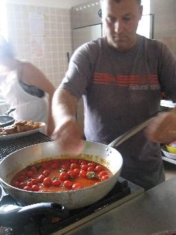 トマトソース縮小