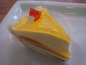 テツの4個目。レモンチーズケーキ