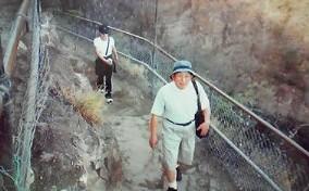 8月3日 ダイヤモンドヘッド登山父前