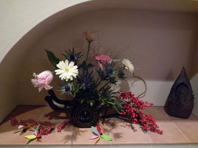 おせち 今年の玄関の花