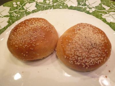 きんとき。一口大の黒豆パン