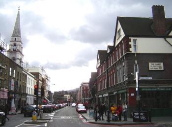 800px-Spitalfields_commercial_street_1s.jpg