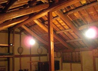 屋根裏その2