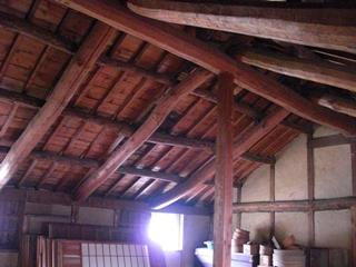 屋根裏その1