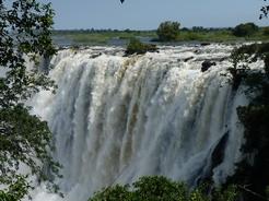 12mar2010 ザンビア側の滝P1020549