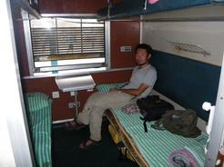 16mar2010 タンザン鉄道の一等コンパートメント