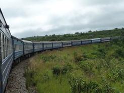 17mar2010 タンザン鉄道の車窓から