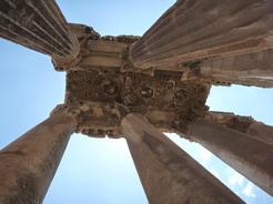 18jun2010 バッカス神殿の石柱