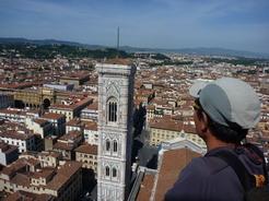 8jul2010 ドームの上から見渡すフィレンツェの街並