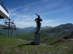 13jul2010 ゲレンデトップからピレネーの峰々