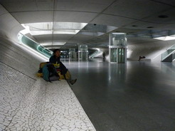 17jul2010 リスボン オリエンテ バスターミナルの地下