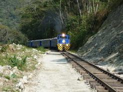 25sep2010 時々列車が来る