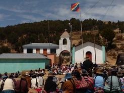 1oct2010 教会の前で集会中