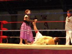 3oct2010 おばちゃん vs おばちゃん