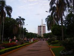 24oct2010 エンカルナシオンのアルマス広場