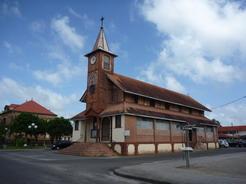 17jan2011 サンローランの町中の教会