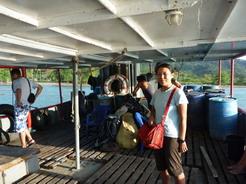 7feb2011 やっと船に乗り込んだ