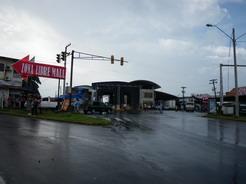 28feb2011 豪雨明けの国境(パナマ側)