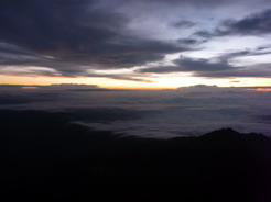 7jun2011 夜明け前の空