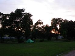 20jul2011 Seehausenの公園に幕営