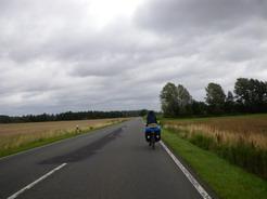 23jul2011 この道はスピードが乗った