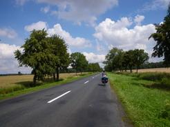 26jul2011 ポーランドの田舎道を行く