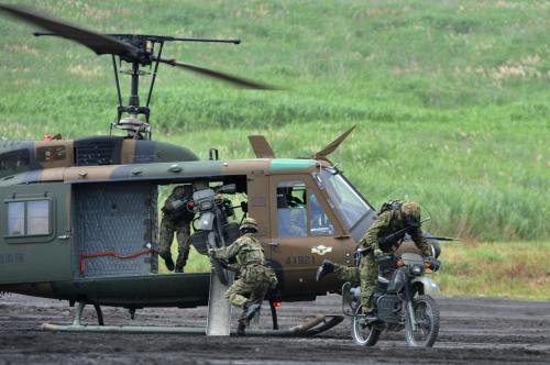 UH-1_02.jpg