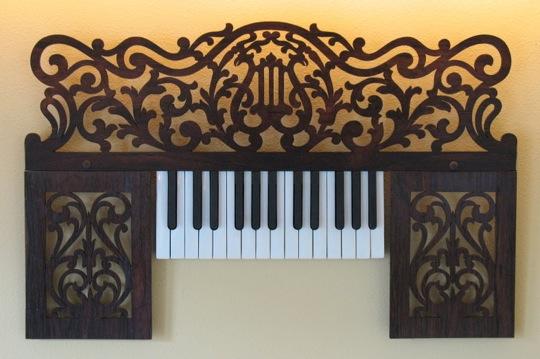 4-17-09-piano.jpg