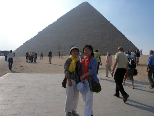 ピラミッド記念写真