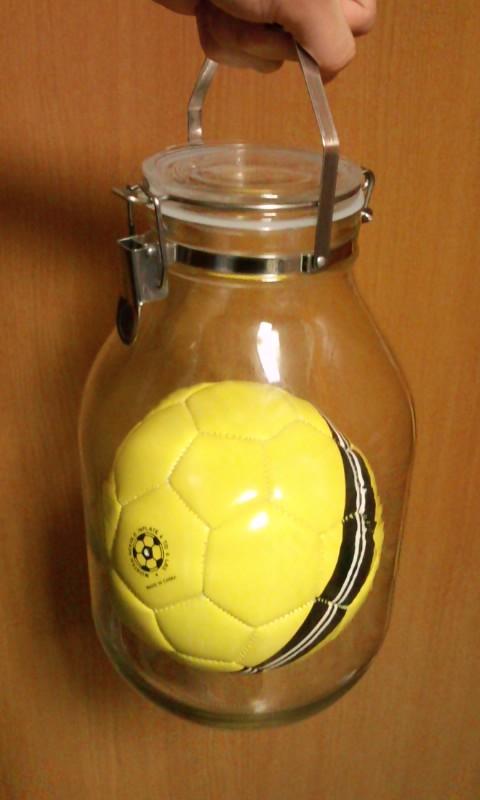 サッカーボール(ビン梱包)
