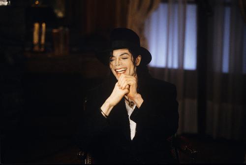 MJ_smil01.jpg