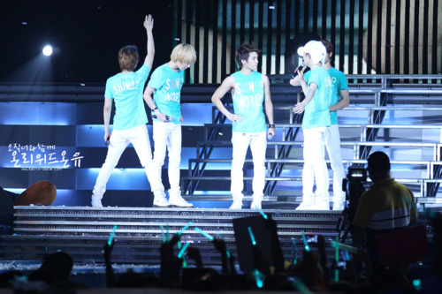 110820-onew18.png