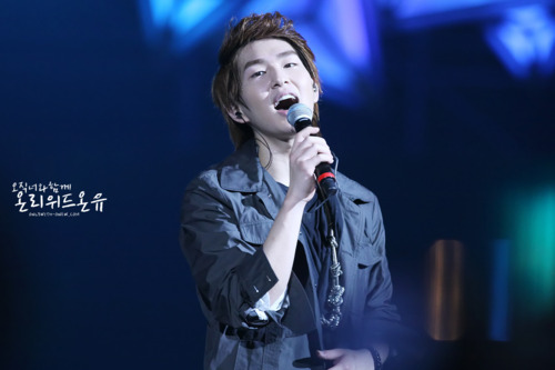 110820-onew3.png