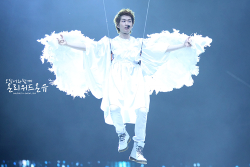 110820-onew6.png