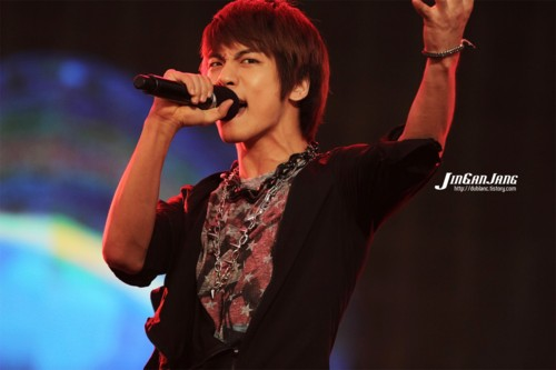 110908-jonghyun10.jpg