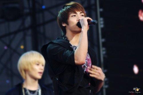110908-jonghyun12.jpg