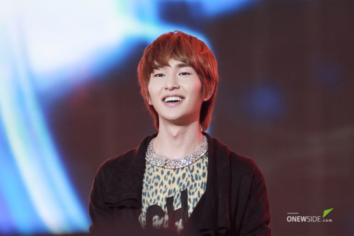 110908-onew7.png