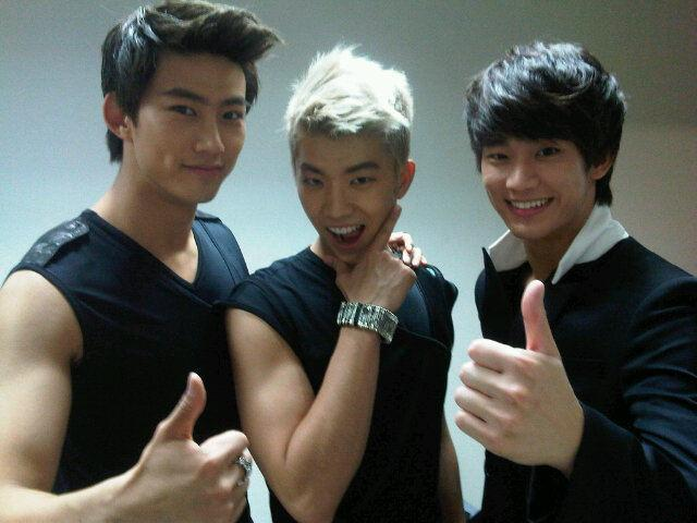 Taecyon-twitter110528.jpg