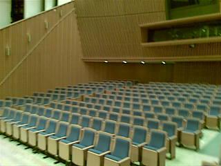 090823_seats