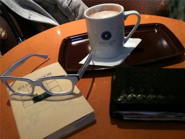 CAFE+BOOK