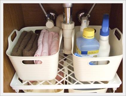 洗面台下 (2)
