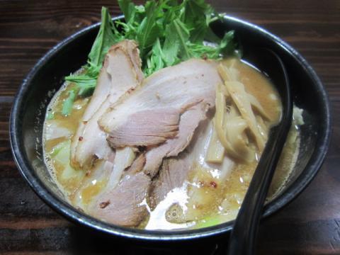 『麺家 静』で本日限定「豚骨煮干味噌ラーメン」18時提供開始♪-1