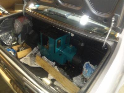 ルーチェのトランクに積込んだフォルテ