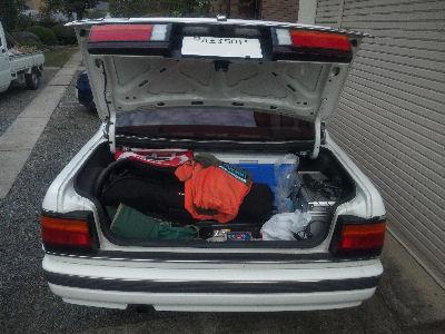 HCルーチェのトランクに満載にした荷物たち