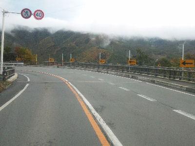 2010年10月26日、川上村市場坂の紅葉