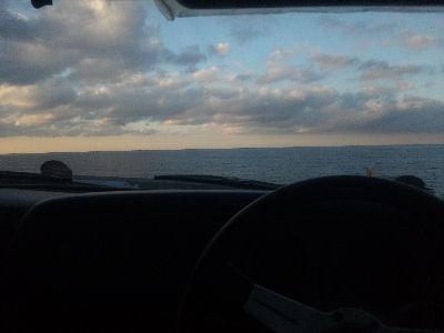 マツダルーチェより朝の西海岸を眺める