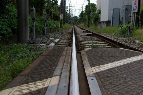IMGP1416江ノ電は30分待ちの乗車規制