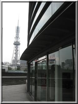 名古屋タワーとコンサートホール